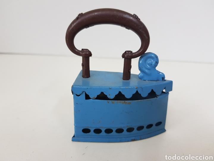 Juguetes antiguos Payá: Antigua Plancha metálica azul paya medidas 7 cm x cuatro juguete de hojalata muy antiguo - Foto 4 - 131268210