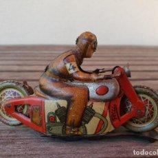 Juguetes antiguos Payá: ANTIGUA MOTO NO CAE DE HOJALATA (LATA) DE CUERDA DE LA MARCA PAYA. Lote 133241314
