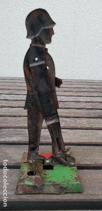 Juguetes antiguos Payá: ANTIGUO SOLDADO ALEMAN DE LA MARCA PAYA DE HOJALATA (LATA) - Foto 2 - 139314838
