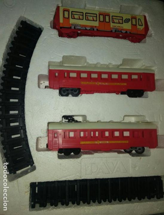 Juguetes antiguos Payá: Tren cercanias paya hojalata plastico - Foto 2 - 150149878