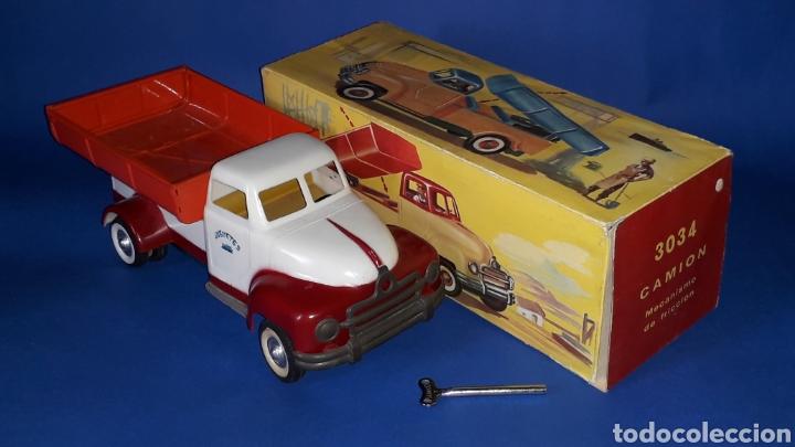 Juguetes antiguos Payá: Camión volquete, plástico-lata, mecanismo de cuerda, Paya IBI made in Spain, año 1958. Con caja. - Foto 3 - 27445548