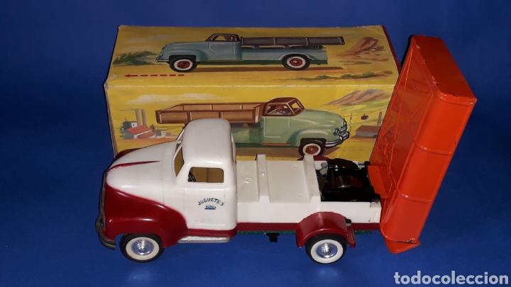Juguetes antiguos Payá: Camión volquete, plástico-lata, mecanismo de cuerda, Paya IBI made in Spain, año 1958. Con caja. - Foto 4 - 27445548