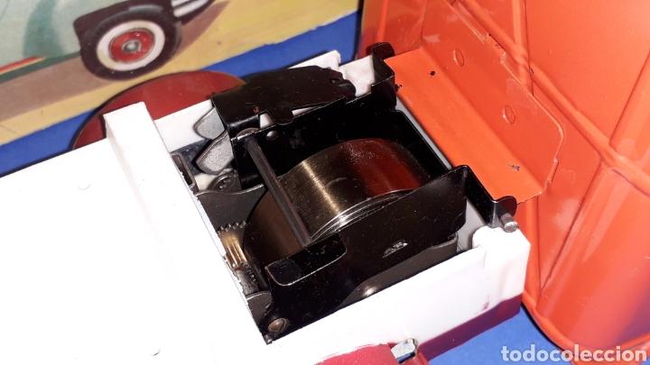 Juguetes antiguos Payá: Camión volquete, plástico-lata, mecanismo de cuerda, Paya IBI made in Spain, año 1958. Con caja. - Foto 5 - 27445548