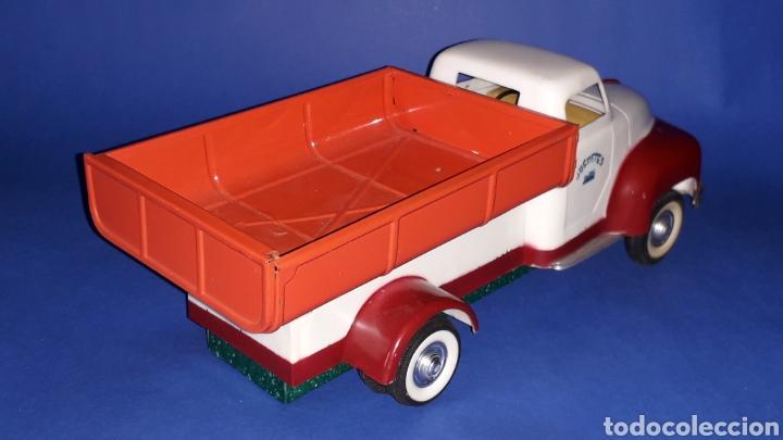 Juguetes antiguos Payá: Camión volquete, plástico-lata, mecanismo de cuerda, Paya IBI made in Spain, año 1958. Con caja. - Foto 7 - 27445548