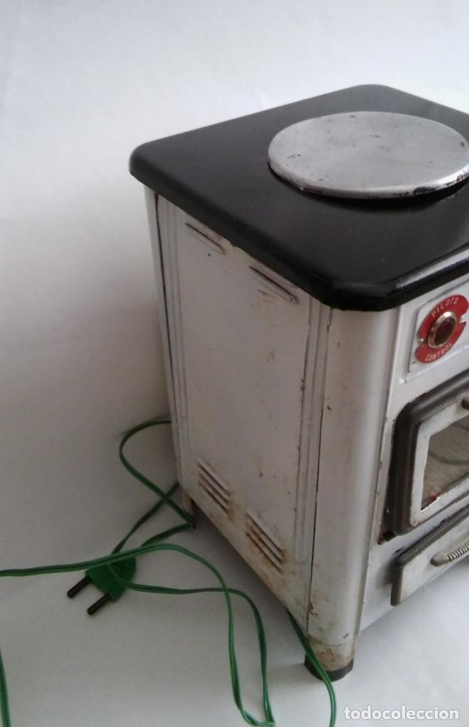 Juguetes antiguos Payá: COCINA COCINITA ELÉCTRICA ANTIGUA, PAELLA VALENCIANA HOJALATA LITOGRAFIADA DE LA MARCA RAI PAYÁ S XX - Foto 8 - 152885170