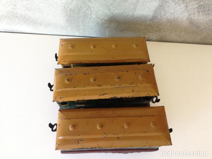 Juguetes antiguos Payá: ANTIGUOS VAGONES 896 DE HOJALATA PAYÁ Y LOTE VÍAS ESCALA 0 - Foto 16 - 154323670