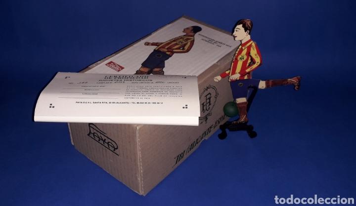 Juguetes antiguos Payá: Futbolista ref. 385, Paya Reedición serie numerada Juguete Histórico, Ibi Alicante España. Año 1996. - Foto 2 - 175410630