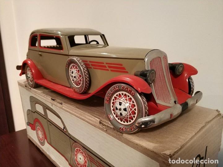 Juguetes antiguos Payá: Auto sedan gran turismo 1935 Ref. 904 de paya edición limitada numerada y en caja, cuerda y luces - Foto 2 - 176091484