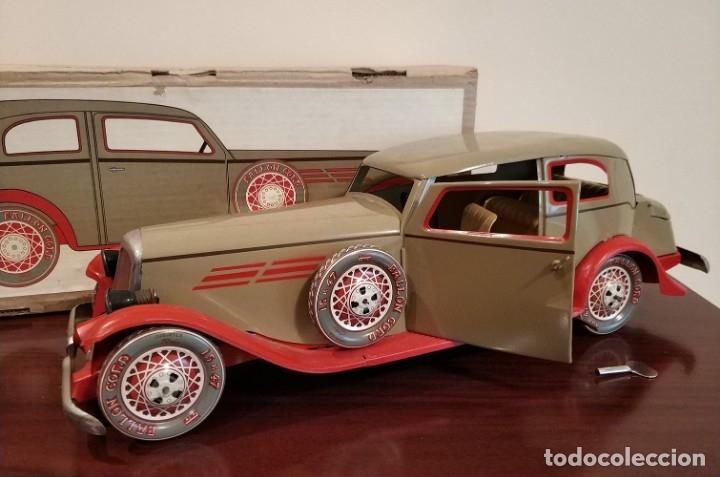 Juguetes antiguos Payá: Auto sedan gran turismo 1935 Ref. 904 de paya edición limitada numerada y en caja, cuerda y luces - Foto 4 - 176091484