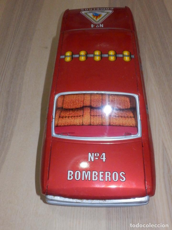 Juguetes antiguos Payá: Coche Payá de hojalata - Seat 132 Jefe Servicio Contra Incéndios, Bomberos Nº 4, Fricción, Ref 8082 - Foto 4 - 191556601