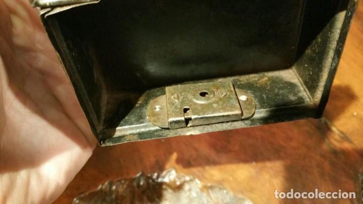 Juguetes antiguos Payá: Antigua hucha o caja de caudales metálica con primer logo Payá Hermanos - Chapa Litografiada - Foto 6 - 191729648