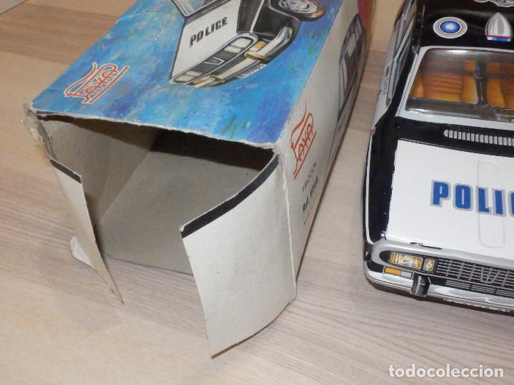Juguetes antiguos Payá: Coche Payá de hojalata - Renault R-12-S Policia - Police - Nº 247 Ref. 8048 - Fricción - Con caja - Foto 3 - 194143141