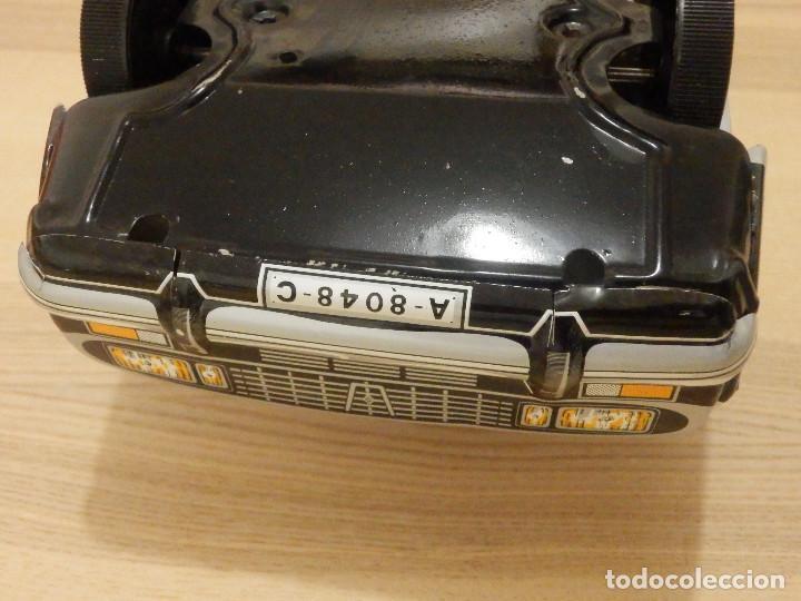 Juguetes antiguos Payá: Coche Payá de hojalata - Renault R-12-S Policia - Police - Nº 247 Ref. 8048 - Fricción - Con caja - Foto 15 - 194143141