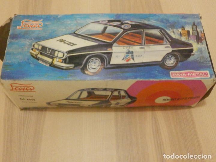 Juguetes antiguos Payá: Coche Payá de hojalata - Renault R-12-S Policia - Police - Nº 247 Ref. 8048 - Fricción - Con caja - Foto 17 - 194143141