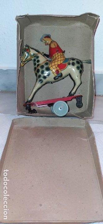 Juguetes antiguos Payá: Payaso a caballo de Payá ref. 846 con caja original y funcionando. Ver descripción. Original 1937 - Foto 22 - 198051788