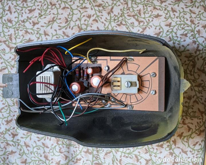Juguetes antiguos Payá: MOTO BMW RS PAYA - PIEZA: cubierta del motor con sus cables. nueva. Vell i Bell - Foto 2 - 207287546