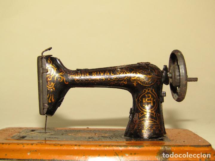 Juguetes antiguos Payá: Antigua Maquina de Coser *SIN RIVAL* de Juguetes PH PAYÁ HERMANOS - Foto 2 - 222014763