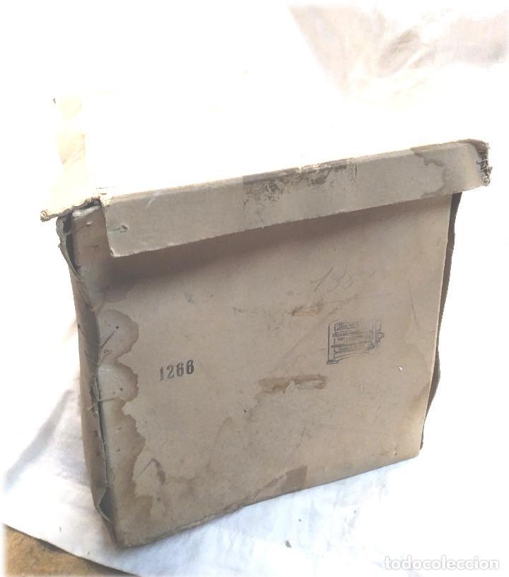 Juguetes antiguos Payá: Estacion de Tren 2 Cuerpos de Paya Ref 1266 en caja de Origen, años 50 - Foto 8 - 233231885