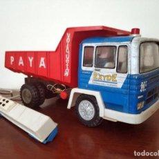 Brinquedos antigos Payá: GRAN CAMION VOLQUETON PAYA AZUL HOJALATA EXYDE CABLEDIRIGIDO OBRAS PUBLICAS AÑOS 60 - 70. Lote 240412090