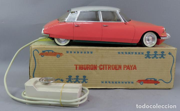 Juguetes antiguos Payá: Citroen DS 19 Paya Tiburón cabledirigido color rosa caja años 60 no funciona - Foto 5 - 241058550