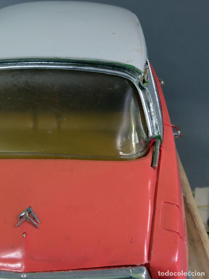Juguetes antiguos Payá: Citroen DS 19 Paya Tiburón cabledirigido color rosa caja años 60 no funciona - Foto 9 - 241058550