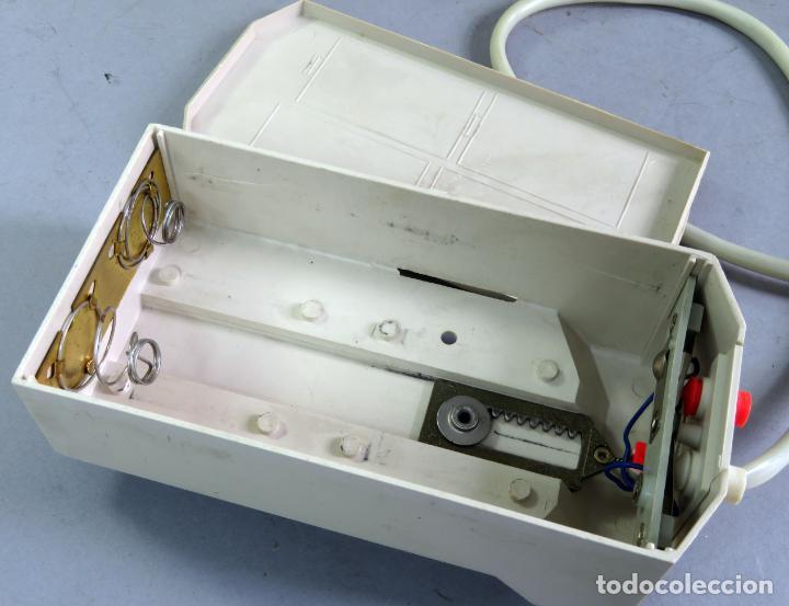 Juguetes antiguos Payá: Citroen DS 19 Paya Tiburón cabledirigido color rosa caja años 60 no funciona - Foto 17 - 241058550