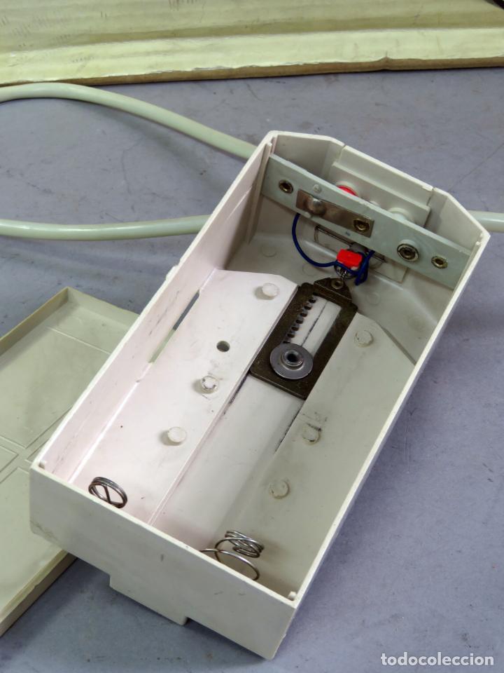 Juguetes antiguos Payá: Citroen DS 19 Paya Tiburón cabledirigido color rosa caja años 60 no funciona - Foto 18 - 241058550