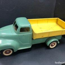 Brinquedos antigos Payá: CAMION BOLQUETE DE PAYA AÑOS 50-60 FABRICADO EN PLANCHA Y PLASTICO. Lote 243424810