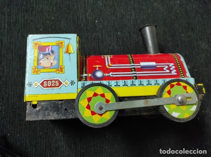 Juguetes antiguos Payá: Locomotora paya de fricción hojalata red 8025 - Foto 2 - 245551640