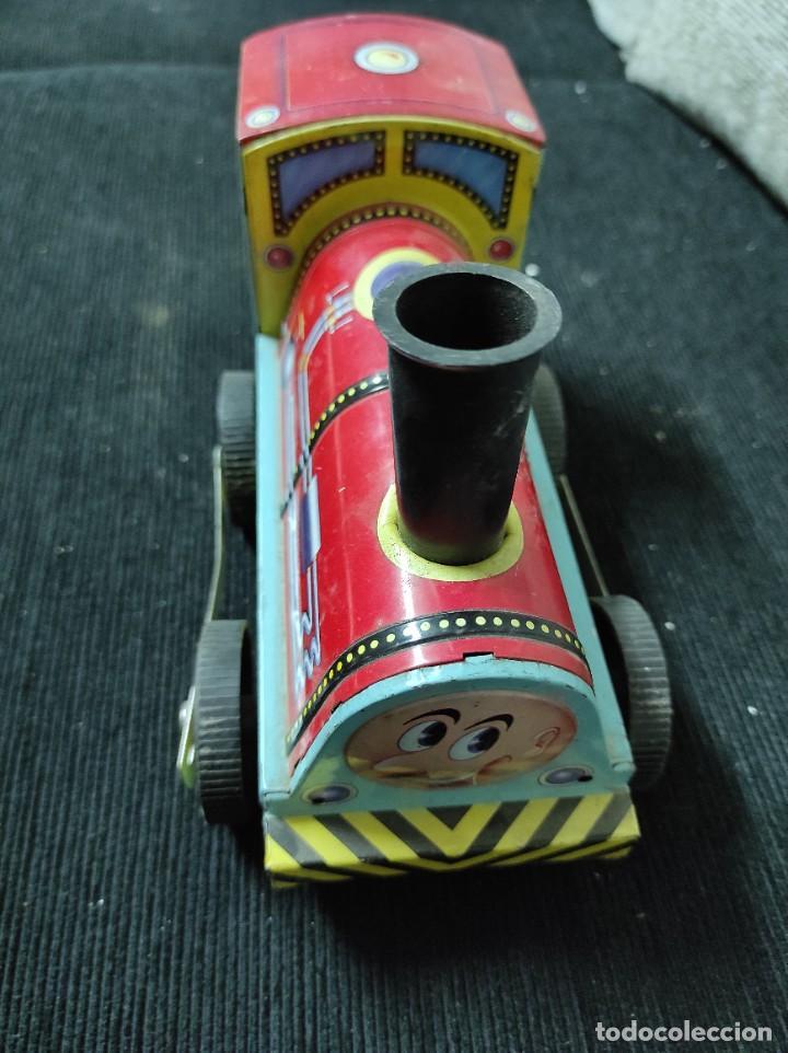 Juguetes antiguos Payá: Locomotora paya de fricción hojalata red 8025 - Foto 4 - 245551640
