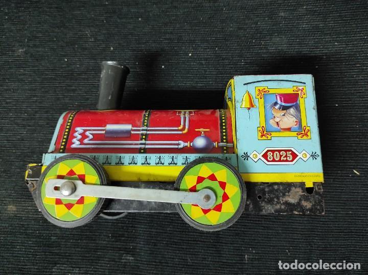 Juguetes antiguos Payá: Locomotora paya de fricción hojalata red 8025 - Foto 5 - 245551640