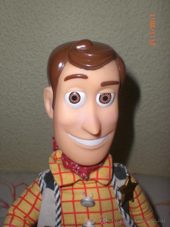 c5b7800f43cb1 Toy story- muñeco woody sheriff - años 90