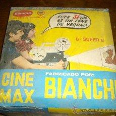 Juguetes Antiguos: CINE MAX DE BIANCHI... PROYECTOR SUPER 8 MAS 4 PELICULAS. Lote 29676468