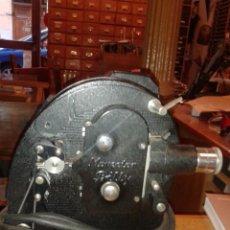 Juguetes Antiguos: PROYECTOR AGFA MOVECTOR BILLY DE 8MM CON CAJA.. Lote 39871454