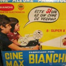 Juguetes Antiguos: CINE MAX K-6 DE BIANCHI 8MM Y SUPER 8MM CON PELICULAS. Lote 40631765
