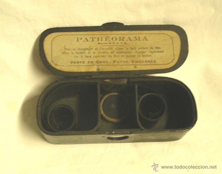 Juguetes Antiguos: Visor PATHEORAMA de PATHÉ , metálico el primer modelo. Año 1900 - Foto 2 - 47172517