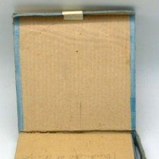 Juguetes Antiguos: PELÍCULA PATHÉ BABY 9,5 MM S 563 TOMANDO EL AIRE CON CAJA CARTÓN. Lote 64474431