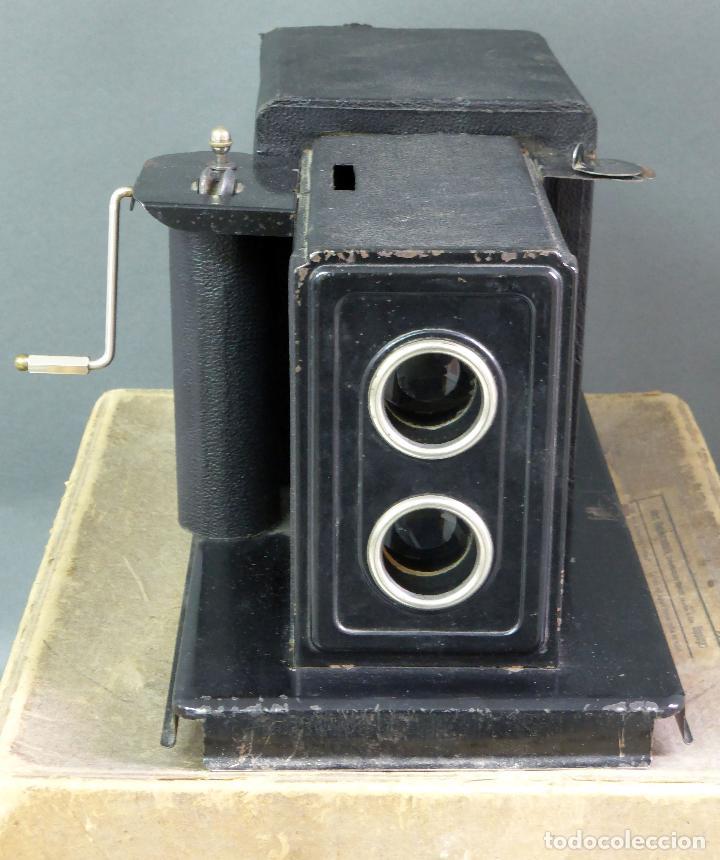 Juguetes Antiguos: Proyector Cine Nic tamaño grande cartón base hojalata años 40 Modelo para sonoro - Foto 8 - 70086665