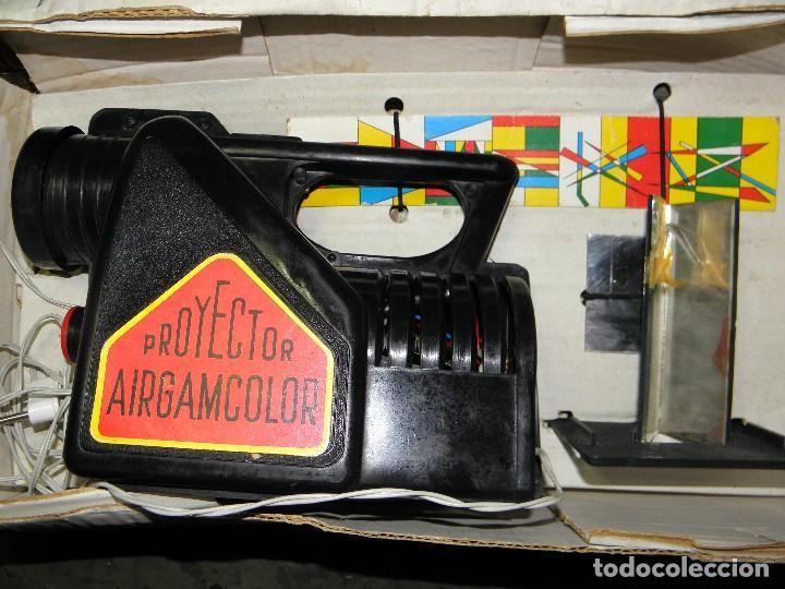 Juguetes Antiguos: PROYECTOR AIRGAMCOLOR DE AIRGAM - PARA PIEZAS O RESTAURAR - Foto 2 - 74609395