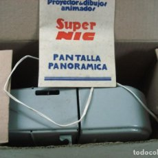 Juguetes Antiguos: CINE SÚPER NIC PANTALLA PANORÁMICA CON 2 PELÍCULAS. ¡¡NUEVO Y EN SU CAJA ORIGINAL COMPLETA!!. Lote 90199764