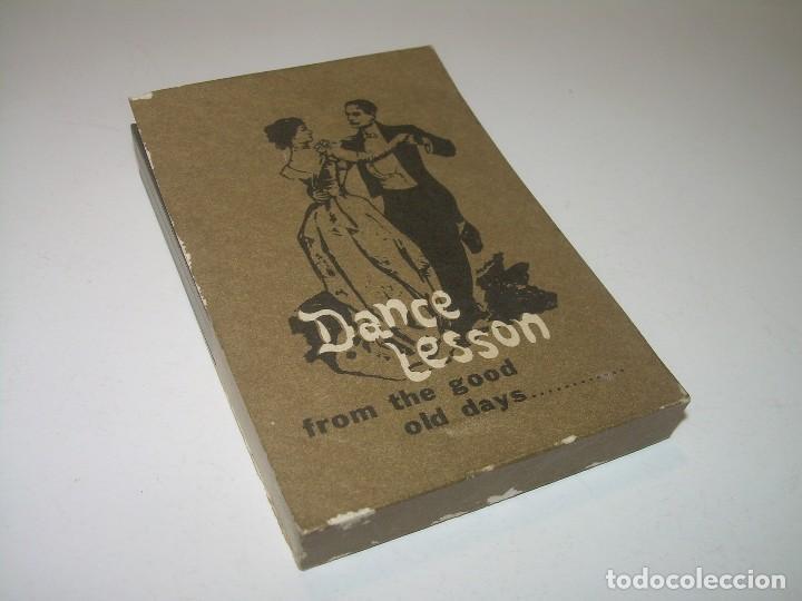 ANTIGUO JUEGO DE IMAGENES QUE AL PASARLAS SE MUEVEN....DANCE LESSON. (Juguetes - Pre-cine y Cine)