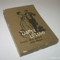 Juguetes Antiguos: ANTIGUO JUEGO DE IMAGENES QUE AL PASARLAS SE MUEVEN....DANCE LESSON.. Lote 94558435