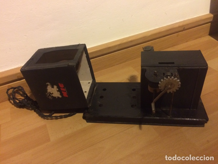 Juguetes Antiguos: Antiguo proyector de cine nic sonoro - Foto 5 - 104553203