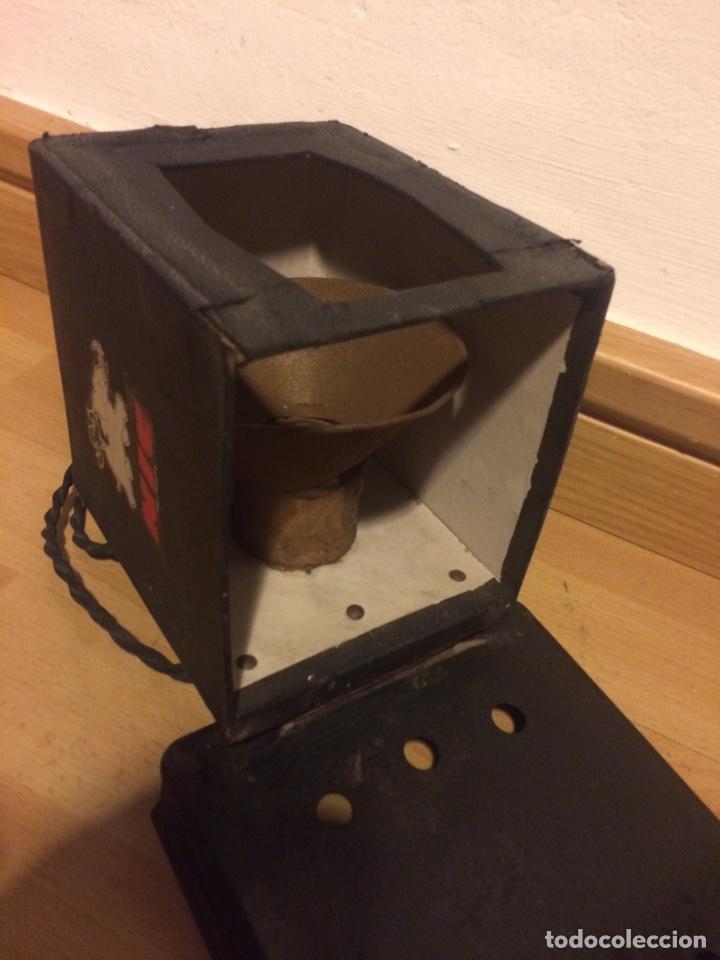 Juguetes Antiguos: Antiguo proyector de cine nic sonoro - Foto 6 - 104553203