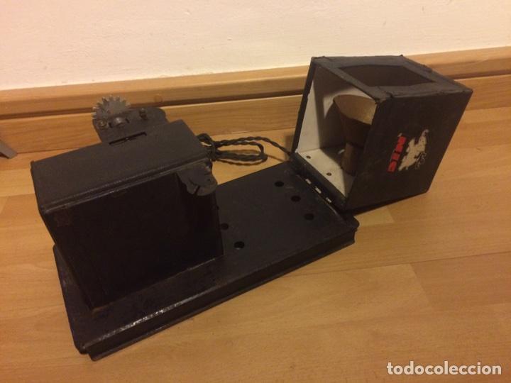 Juguetes Antiguos: Antiguo proyector de cine nic sonoro - Foto 7 - 104553203