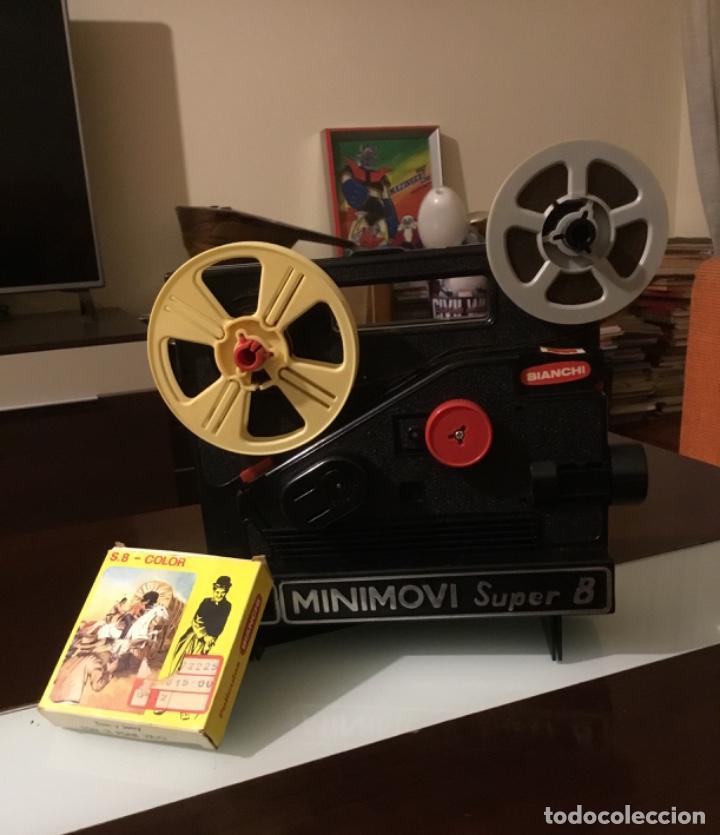 PROYECTOR SÚPER 8 MINIMOVI BIANCHI (Juguetes - Pre-cine y Cine)
