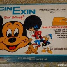 Brinquedos Antigos: CINE EXIN 1ª EDICIÓN 70S NARANJA CON CAJA MUY BIEN CONSERVADA CINEXIN. Lote 163533814