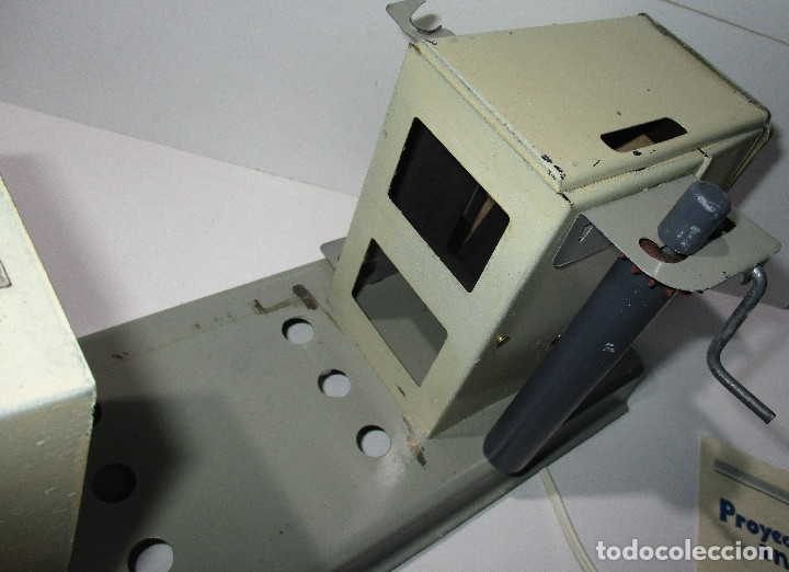 Juguetes Antiguos: Antiguo proyector cine SUPER NIC con 6 películas - Foto 10 - 176182492