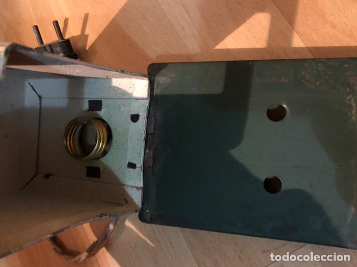 Juguetes Antiguos: Proyector de cine nic de hojalata y cartón verde - Foto 7 - 178628198