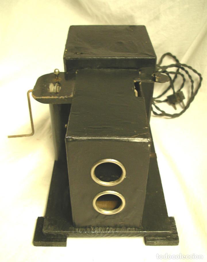 Juguetes Antiguos: Cine Nic años 30, doble bombilla, completo. Med. 34 x 18 x 17 cm - Foto 2 - 188444763